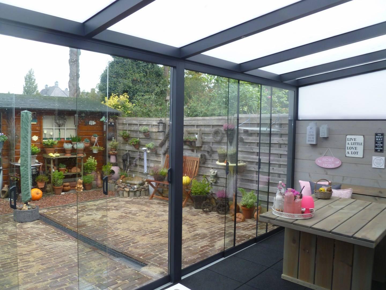 Alu reh glas schuifwand luxe - Interieur van een veranda ...